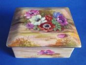 Royal Winton Hand Painted 'Anemone' Candy Box signed Z. Kas c1945